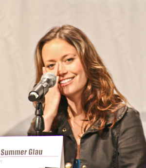 Summer Glau and a tear